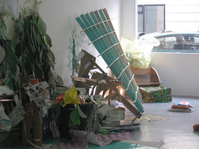 Anne Bourse, Geometres, pollueurs et sorciers, 2007, instalação
